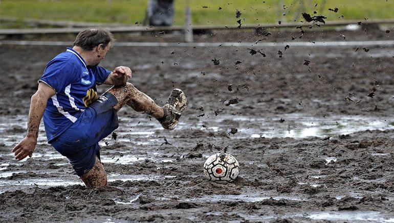 kaljuga fudbalski teren