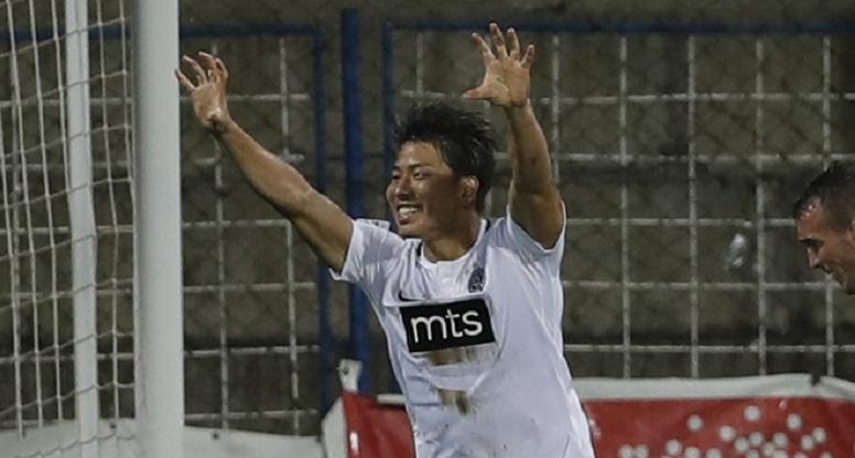 Takuma Asano - Partizan